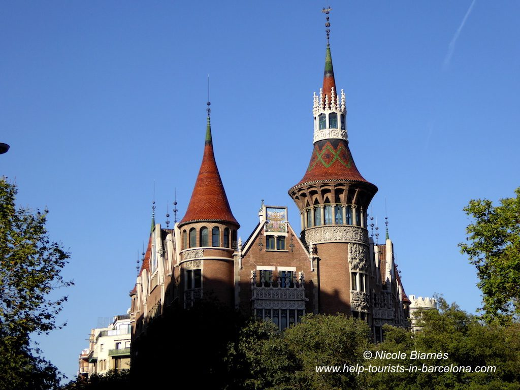 Casa punxes Barcelona